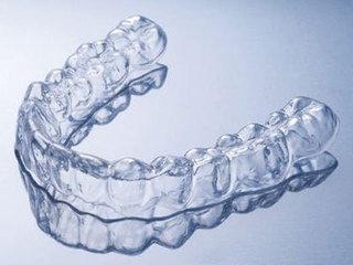 Forsus矫治器在牙槽骨效果显著