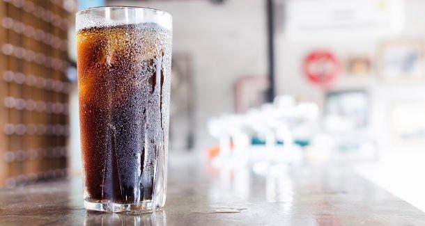 咖啡因添加剂促进含糖饮料消费