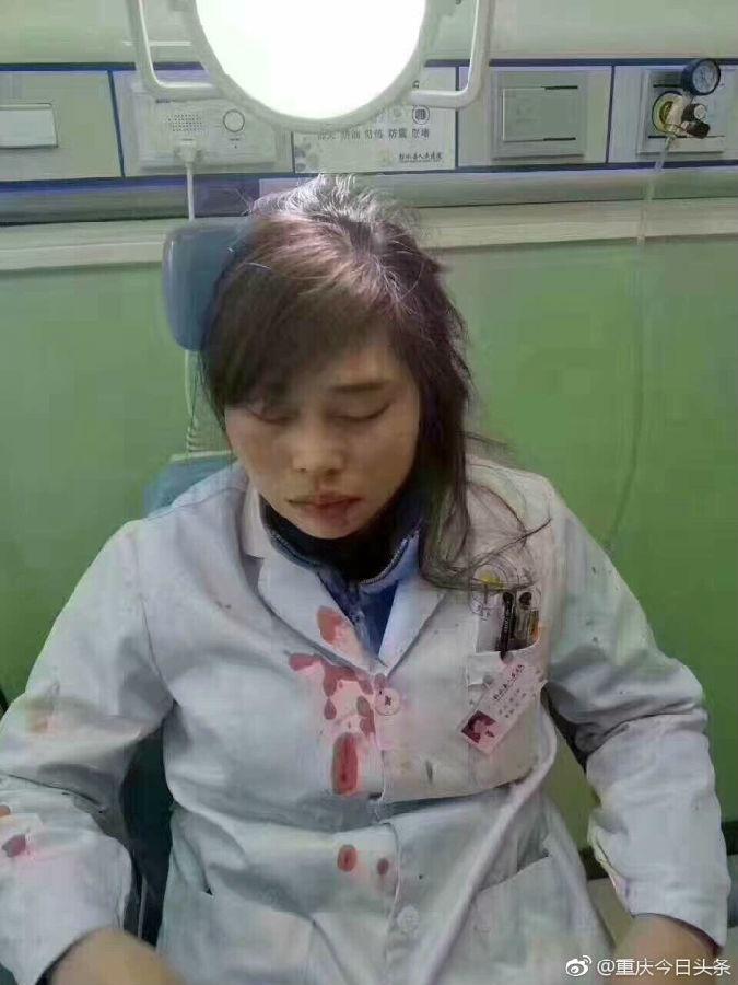 女医生指错路被病人家属打骨折?警方:已介入调查